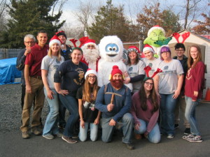 Belle Mead Animal Hospital Team at 2015 Reindeer Event